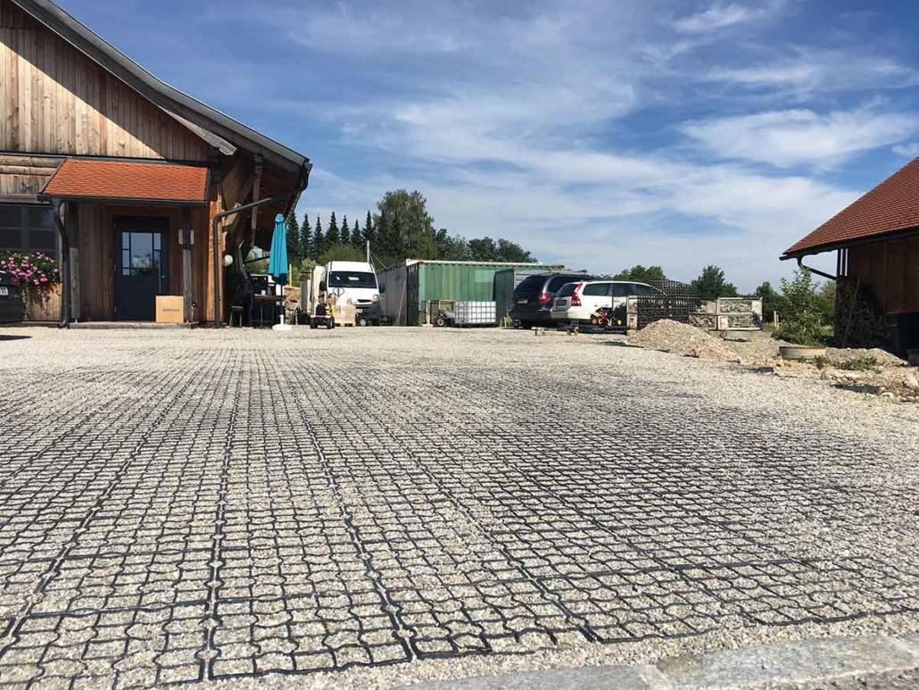 Geroldinger Parkplatz versiegelungsfrei
