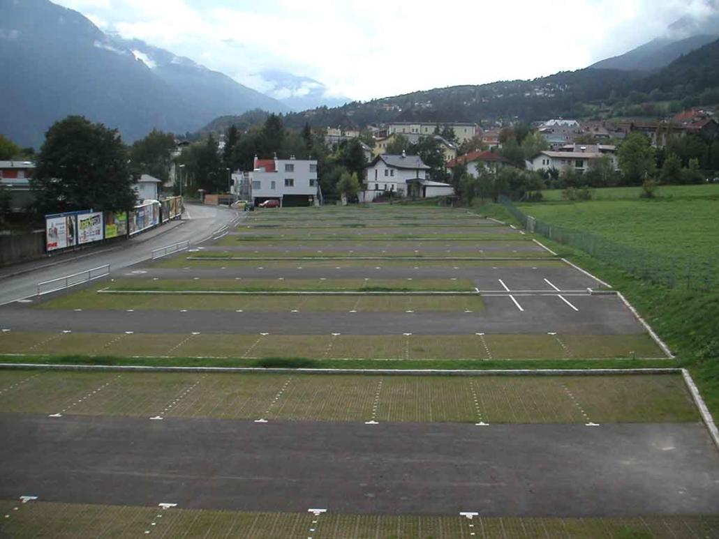 Ecoraster Schwimmbad Parkplatz