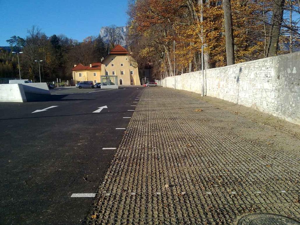 Urstein Parkplatz versiegelungsfrei
