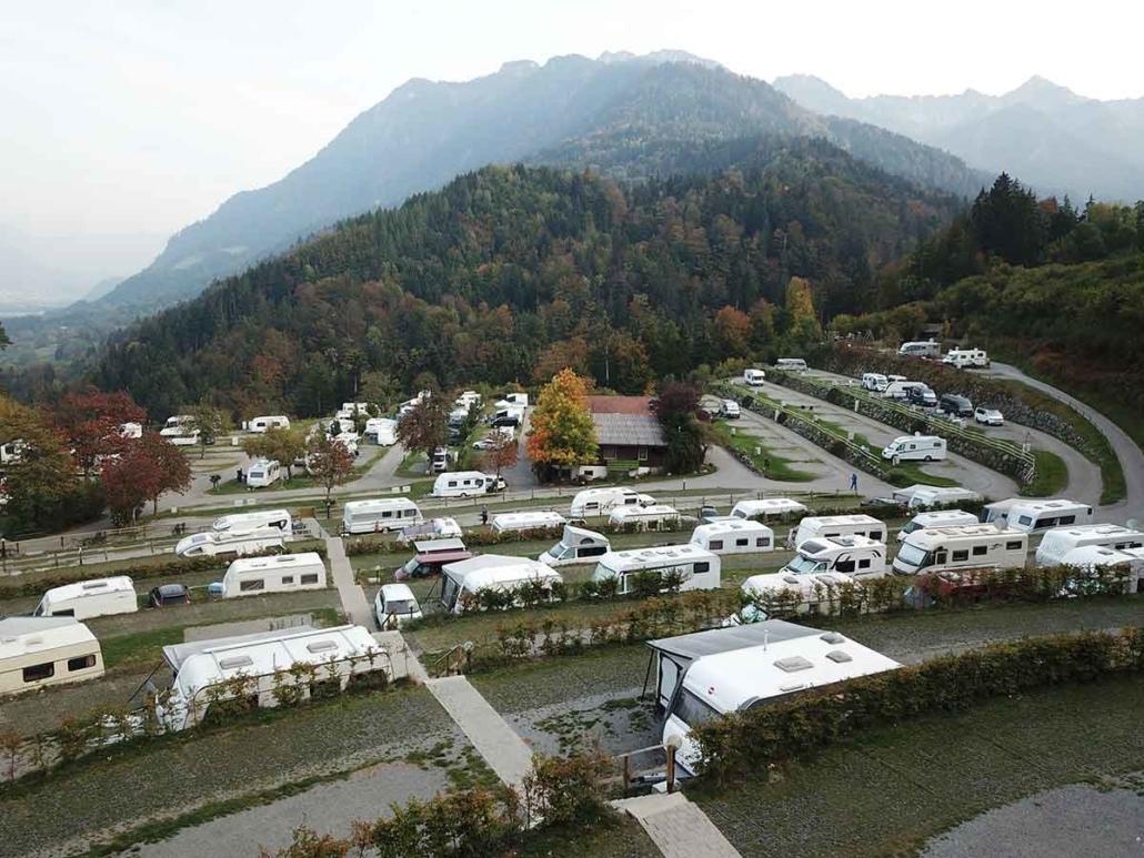 Camping terrassenförmig